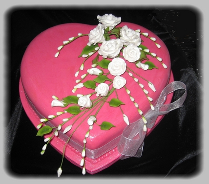 Cake Designs Hearts : Elite Cake Designs Ltd Wedding Cakes in Solihull ...